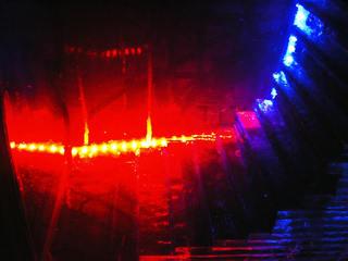 イ-カラー青赤光.jpg