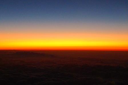 帰札便の窓から見た夕焼け.JPG