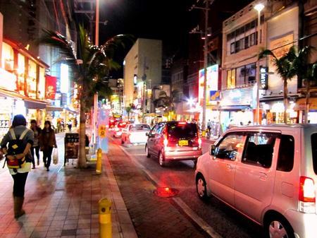 2011-12-6-国際通り01.jpg