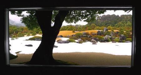 2011_0129_131149-足立美術館庭園01.jpg