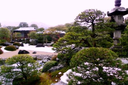 2011_0129_131453-足立美術館庭園03.jpg